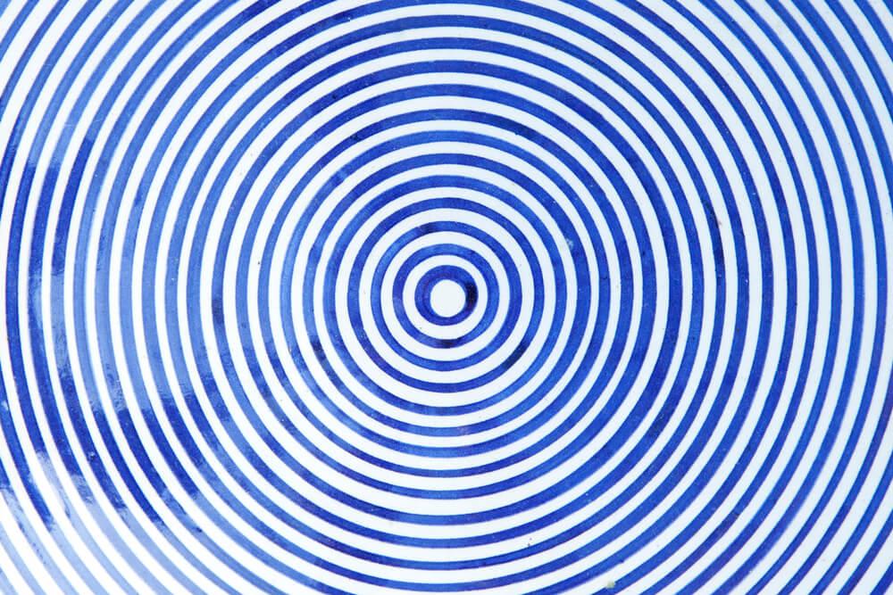 spiral - cut an image into a circle